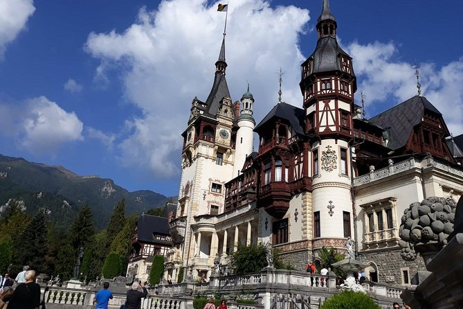 Day Trip in Transylvania : Bran (Dracula Castle) and Peles Castle from Bucharest