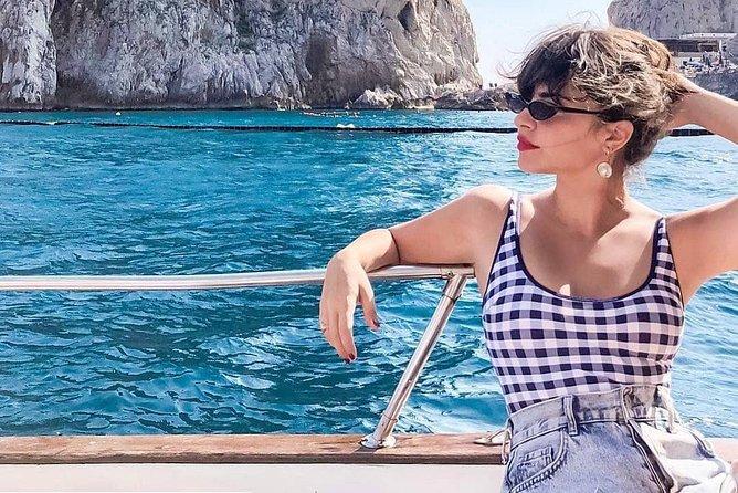 Capri boat excursion