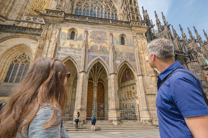 1-Hour Introductory Tour of Prague Castle With Fast-GET Admission Ticket