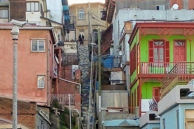Urban Trekking in Valparaiso