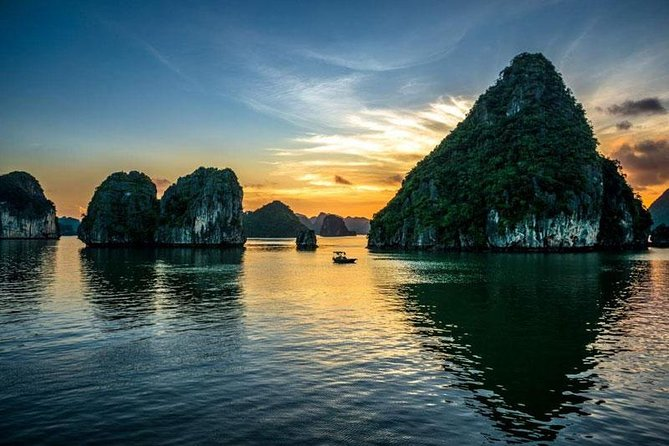 Package Tour Halong and Sapa photo 1