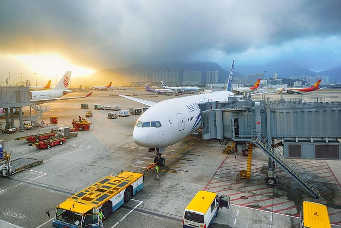 Hong Kong Private Arrival Transfer: Airport to Hotel