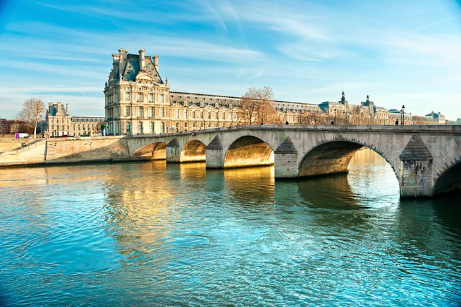 Paris Highlights Immersive Coach Tour with Histopad, Paris, FRANCIA