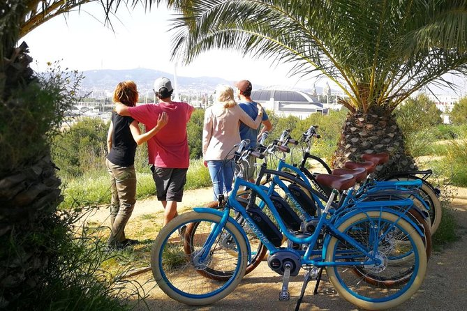 E-Bike tour in Barcelona with English Guide
