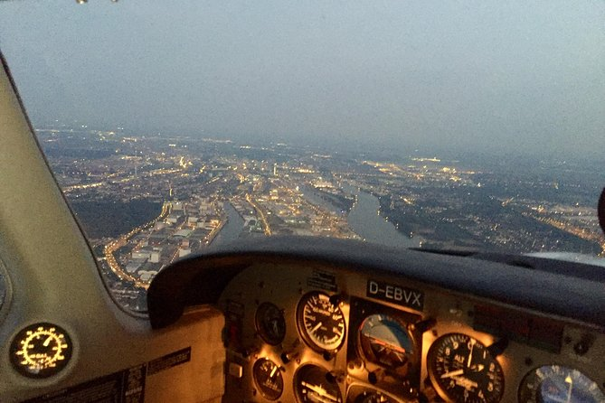 Sightseeing Tour of Bremen in a Private Plane