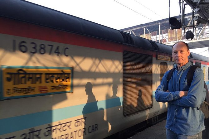 Delhi to Agra and Taj Mahal Private Day Trip by Express Train with Lunch photo 2