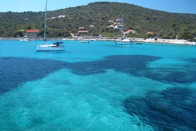 Blue Lagoon and Trogir town - half day speed boat tour