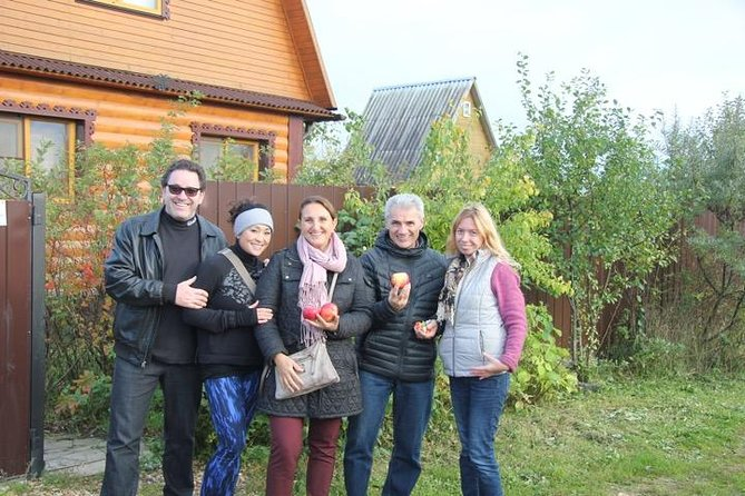 Dacha Tour-explore how Russians spend their summer time and have fun with locals photo 2