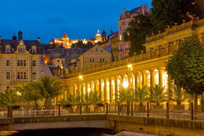Karlovy Vary and Moser Factory Full day Tour from Prague