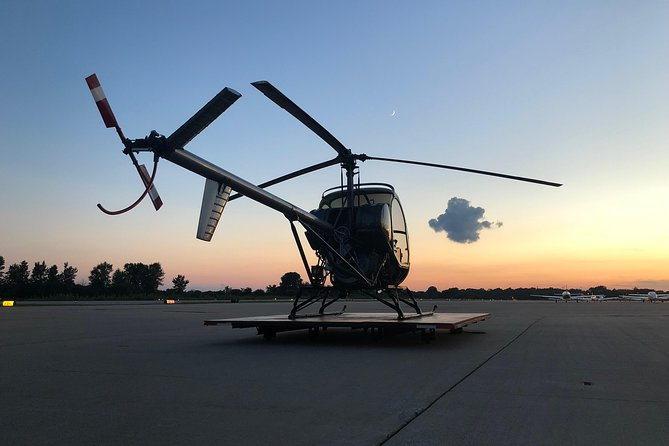 Learn to Fly a Helicopter: Chicago Helicopter Pilot Intro Flight