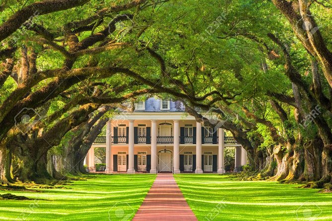 Double Plantation Tour. Oak Alley, Laura, or The Whitney Plantation