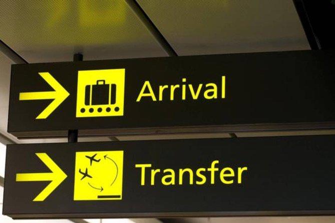 Traslado de ida e volta do Aeroporto de Delhi em transporte particular com ar-condicionado