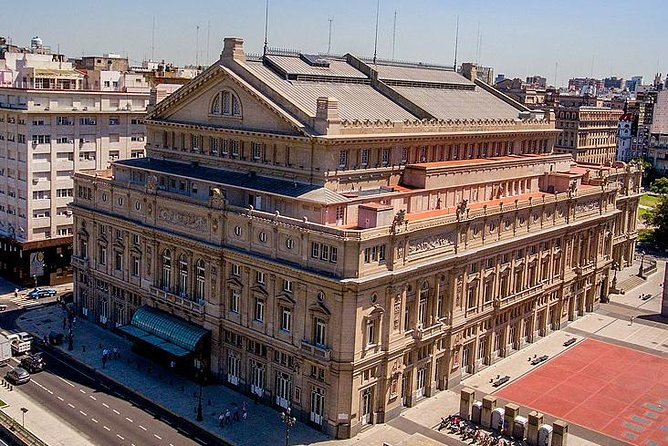 Small Group City Tour with visit to Teatro Colon