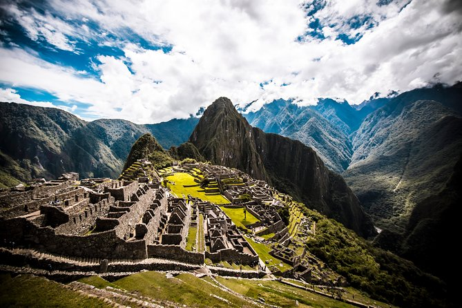 Essential south: 9 days Lima, Cusco, Sacred Valley, Machu Picchu, Lake Titicaca