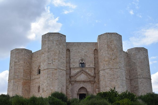 "Castel del Monte ""The Citadel of Mysteries"" Private Tour from Rome"