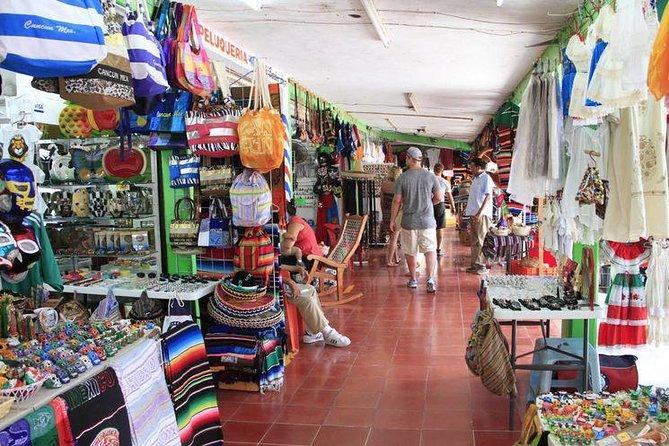 Explore Cancun City Tour