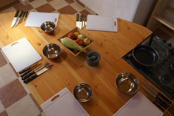 Take an exciting cooking workshop and prepare an authentic Chilean meal.