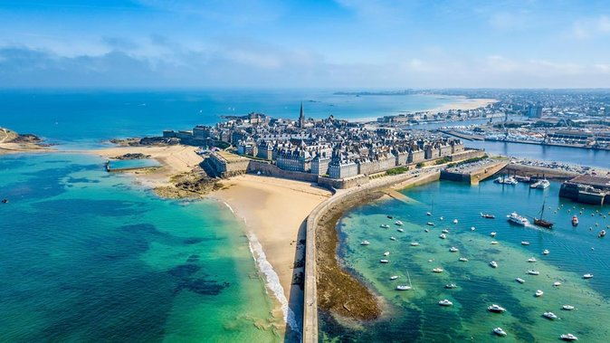 Private Transfer from Bayeux to Saint-Malo - Up to 7 People