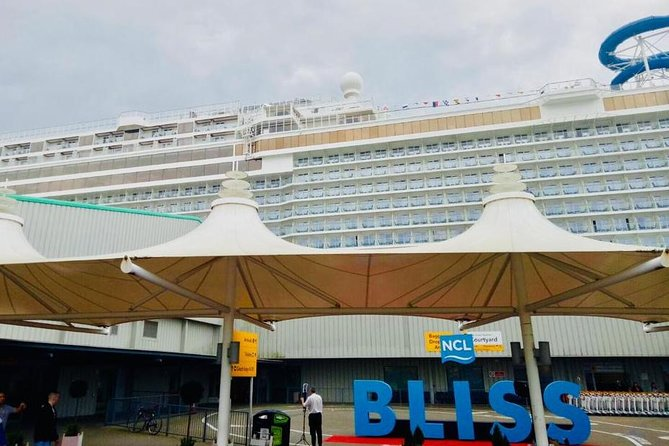 Southampton Cruise Terminals to East London Private Port Transfer