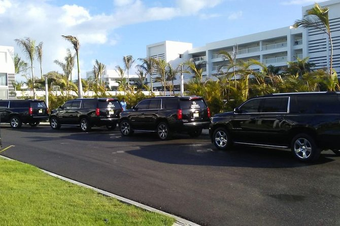 Round Trip VIP Transfer from Punta Cana Airport to Hotels Uvero Alto