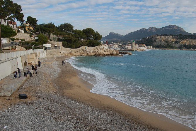 Private Transfer from Toulon Hyeres Airport to Fayence