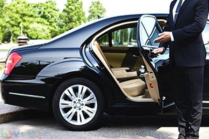 VIP Experience Private Transfer from Fiumicino Airport to Rome