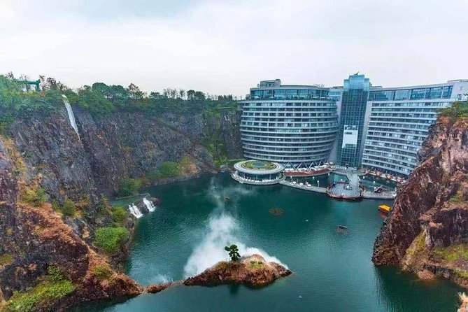 Shanghai Private Airport Transfer to Shenkeng Quarry