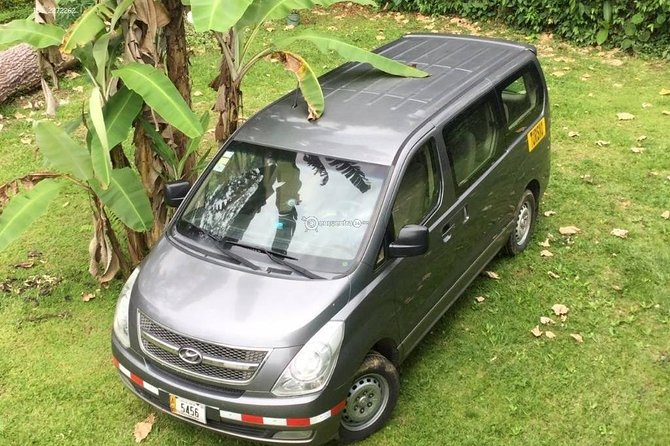 Private transfer from Airport or San Jose hotels to Cahuita, Puerto Viejo Limon