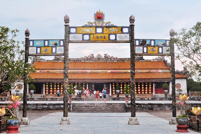 Day Trip To Hue City and Back From Da Nang By Private Car