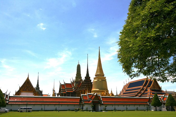 Half-Day City and Temples Tour, Including Grand Palace in Bangkok