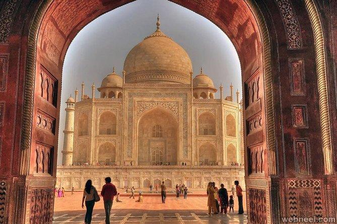 Private Taxi for Taj Mahal Tour from Delhi to Delhi