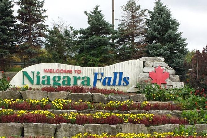 Low Cost :- Private Transfer: Niagara Falls Canada to Toronto Downtown