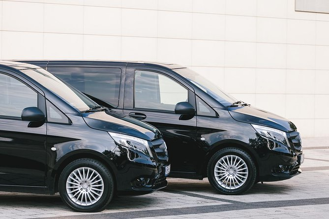 Private Arrival or Departure Transfer: Podgorica Airport