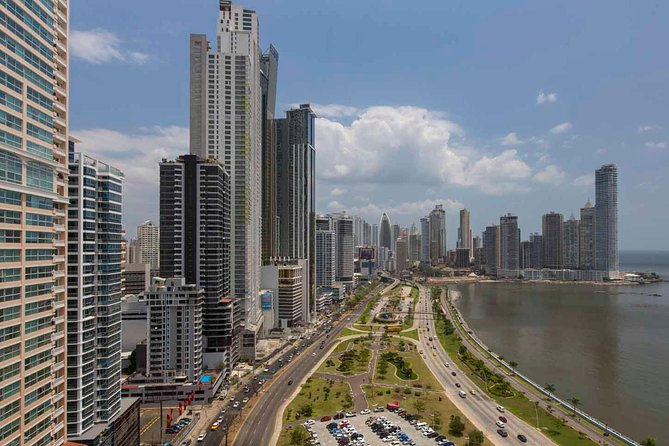 Shared Airport Transfer - Panama City