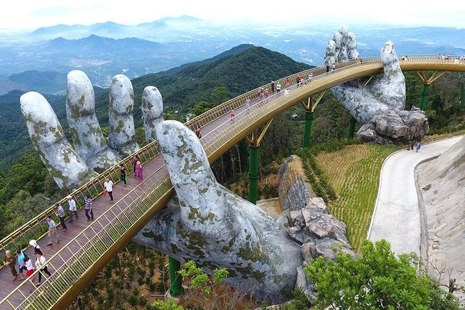 Car transfer from Hue - Golden Bridge in Ba Na Hill - Hoi An or Vice Versa