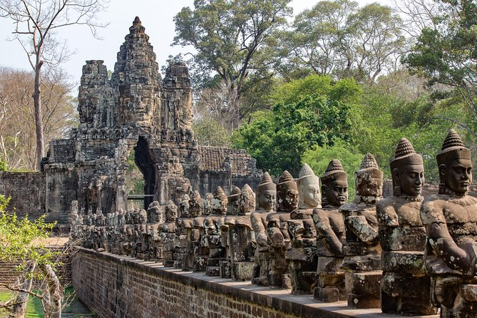 1-Day Angor Wat Small Circuit Tour with Sunset photo 4