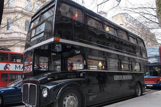 Excursion dans le temps - une excursion dans le temps sur un bus d'époque