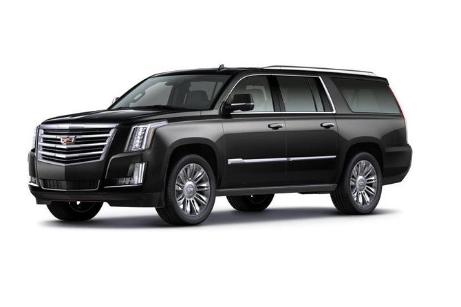 Private Transfer: YYC to Banff by Sedan