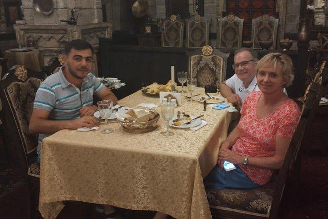 Baku Azerbaijani Cuisine 4.5-Hour Tour with Dinner and Samples