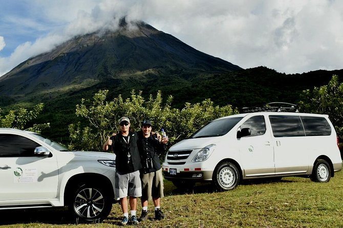 San Jose Airport Private-Ground Transfer to La Fortuna 1 to 5 People