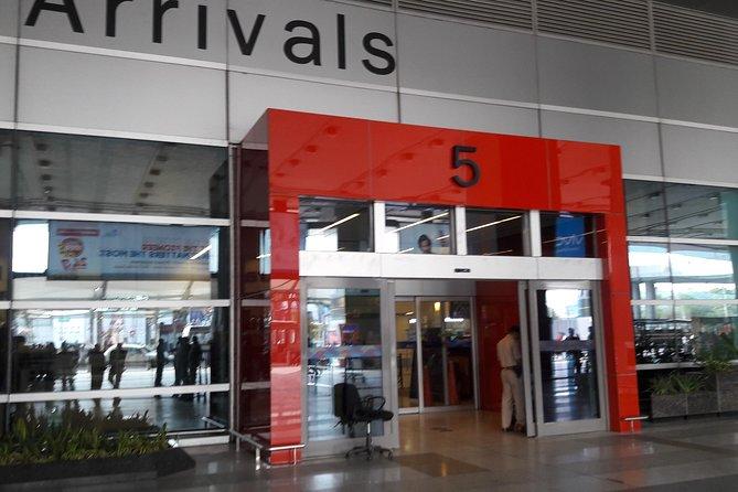 New Delhi Airport Transfers-Tourist Drivers India
