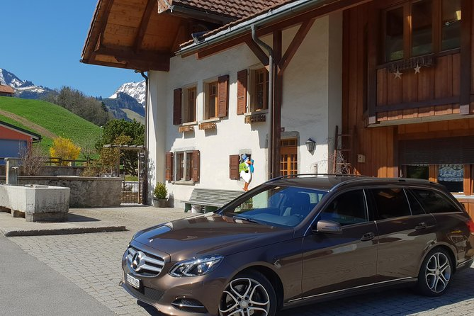 Private Arrival Transfer: from Zurich Airport to St. Gallen