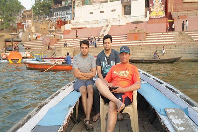 Sunrise Morning Aarti and Boat Ride with Private Transfer