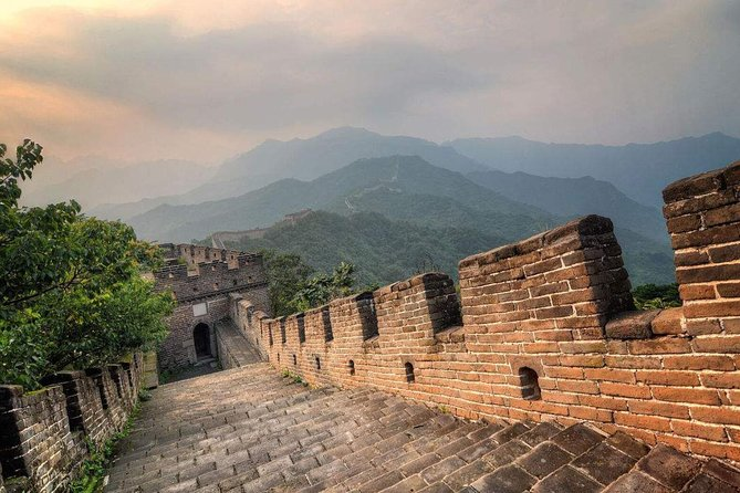 Round-Trip Private Transfer from Your hotel in Beijing to Great wall at Mutianyu