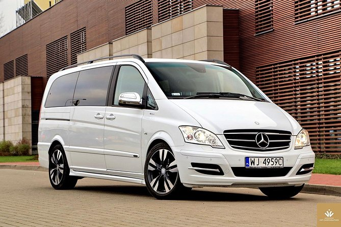 Private Transfer: Granada City or Sierra Nevada to Airport GRX by Business Van