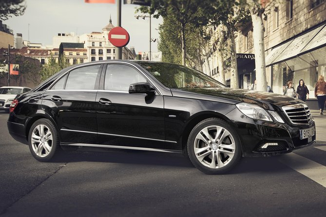 Departure Private Transfer Budapest City to Budapest Airport BUD by Business Car