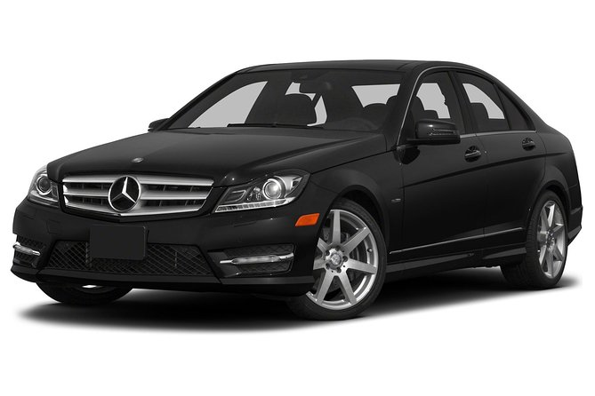 Departure Private Transfer: Cape Town to Cape Town Cruise Port by Business Car