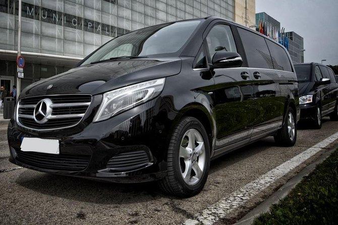 Munich City Departure Private Transfer to Munich Airport MUC in Luxury Van