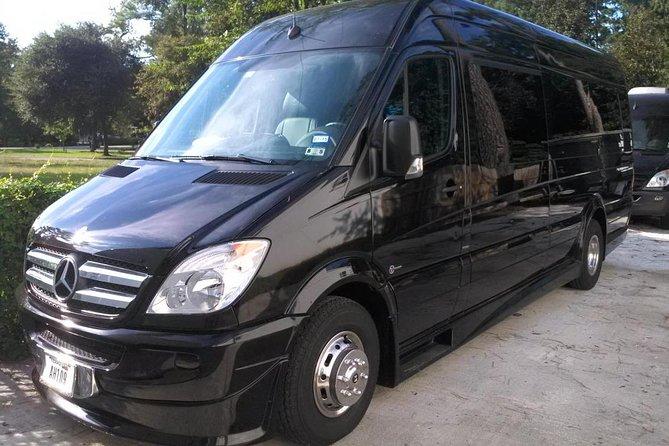 Private Transfer Orlando Airport to Orlando Disney & Universal Studio by Minibus
