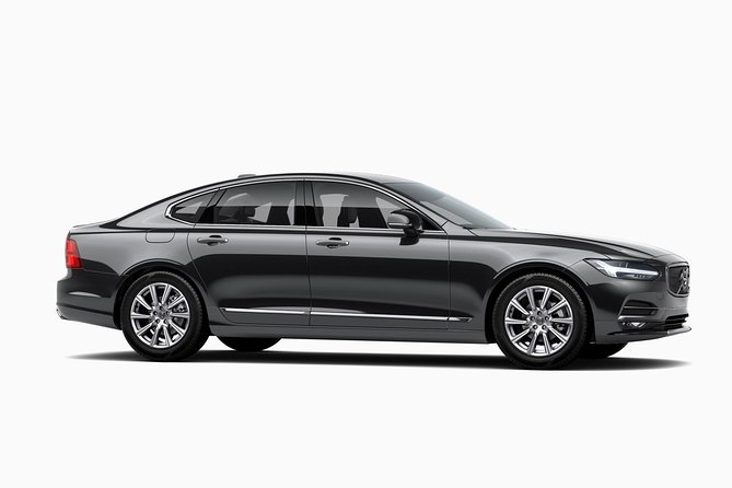 Arrival Private Transfer Santiago Airport SCL to Santiago in an Executive SUV